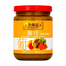 Lee Kum Kee Coconut Curry Sauce 235g