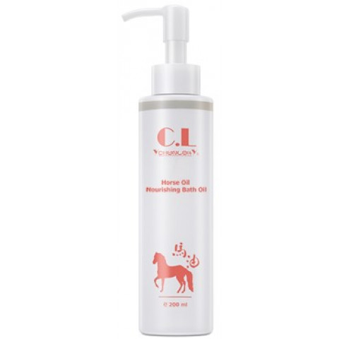 Choi Fung Hong C.L Horse Oil Nourishing Bath Oil 200ml