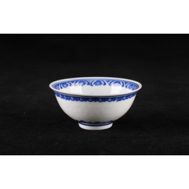 Blue & White China Translucent Dot Pattern Curve Edge Bowl 3.5 inches