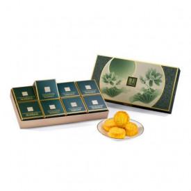 The Peninsula Hong Kong Assorted Mini Egg Custard Mooncake Tea Flavour 8 pieces